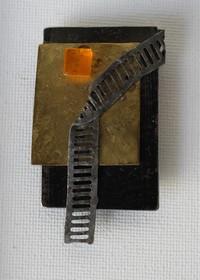 Broche - gul blok, stige